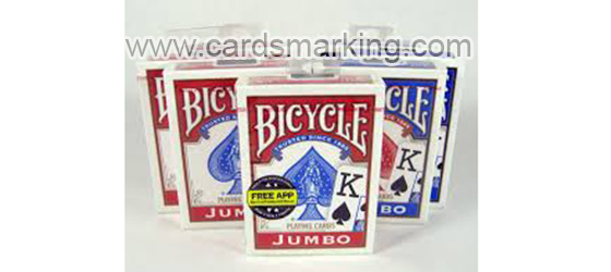 Bicycle que juega las tarjetas para la diversion